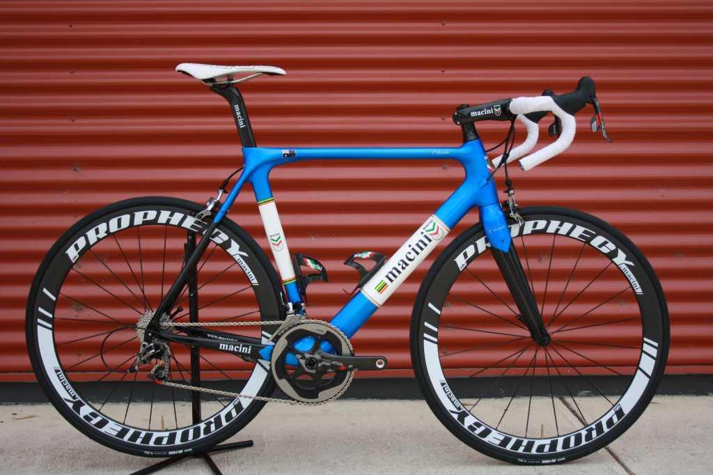 Macini Road Classic - a bike designed for long days in the saddle